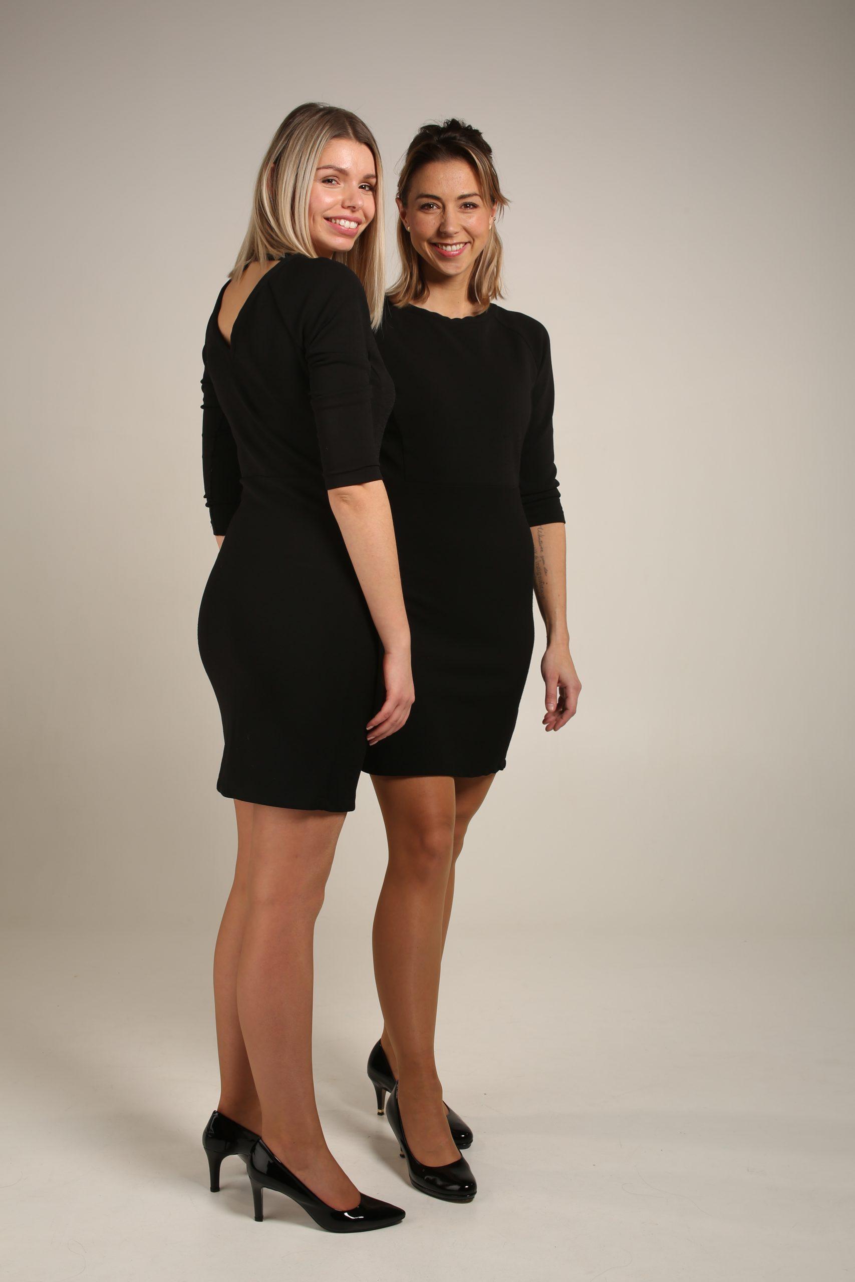 Zwart kleedje met open rug II