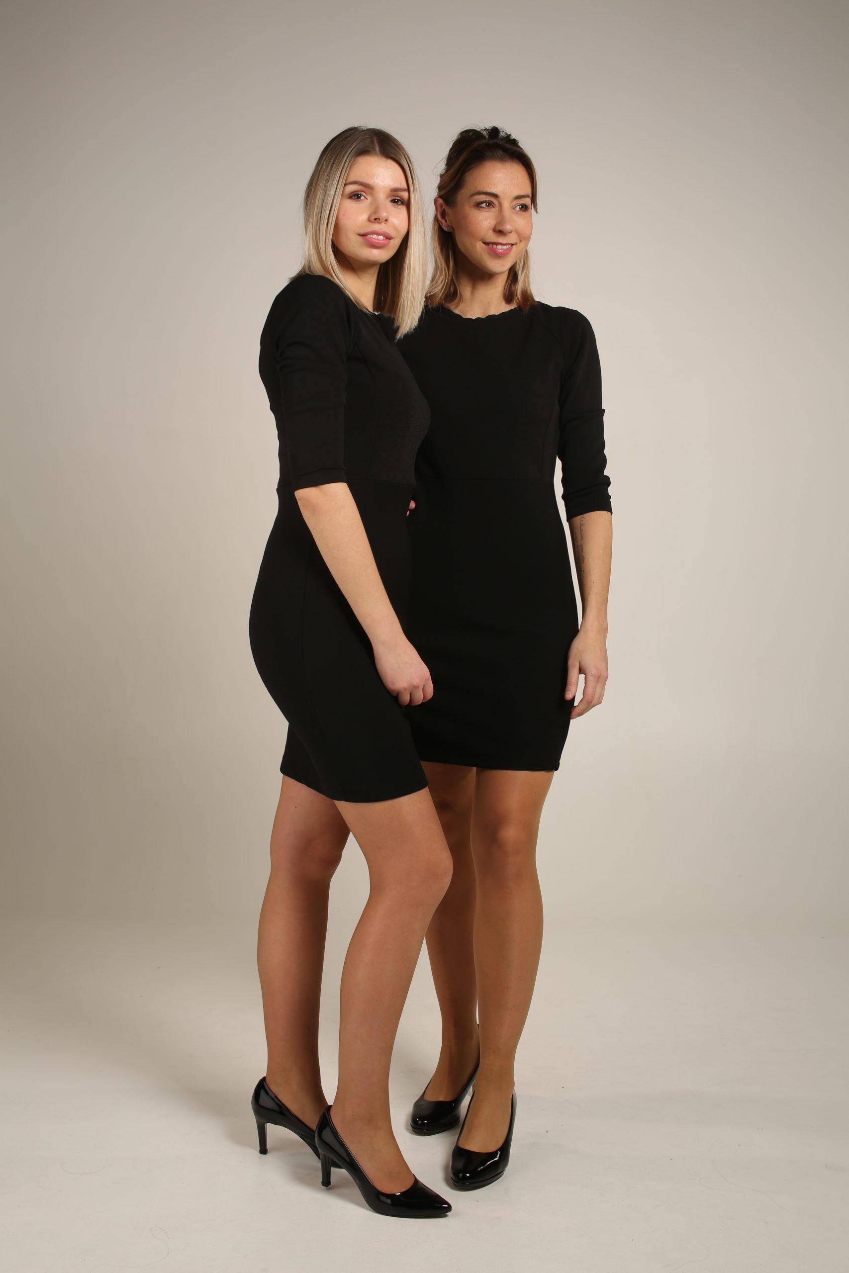 Zwart kleedje met open rug